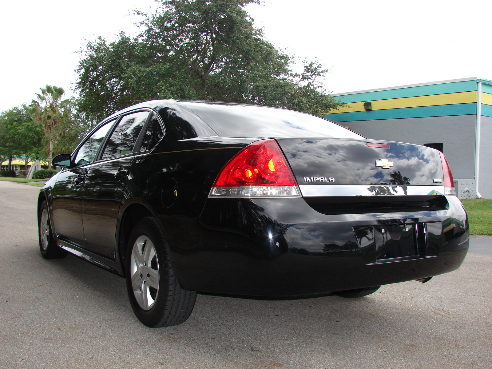 2010 chevrolet impala pictures cargurus. Cars Review. Best American Auto & Cars Review