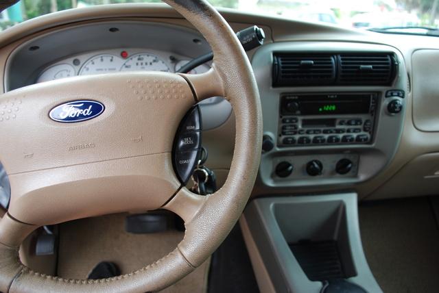 2002 ford explorer sport trac pictures cargurus - Ford explorer sport trac interior ...