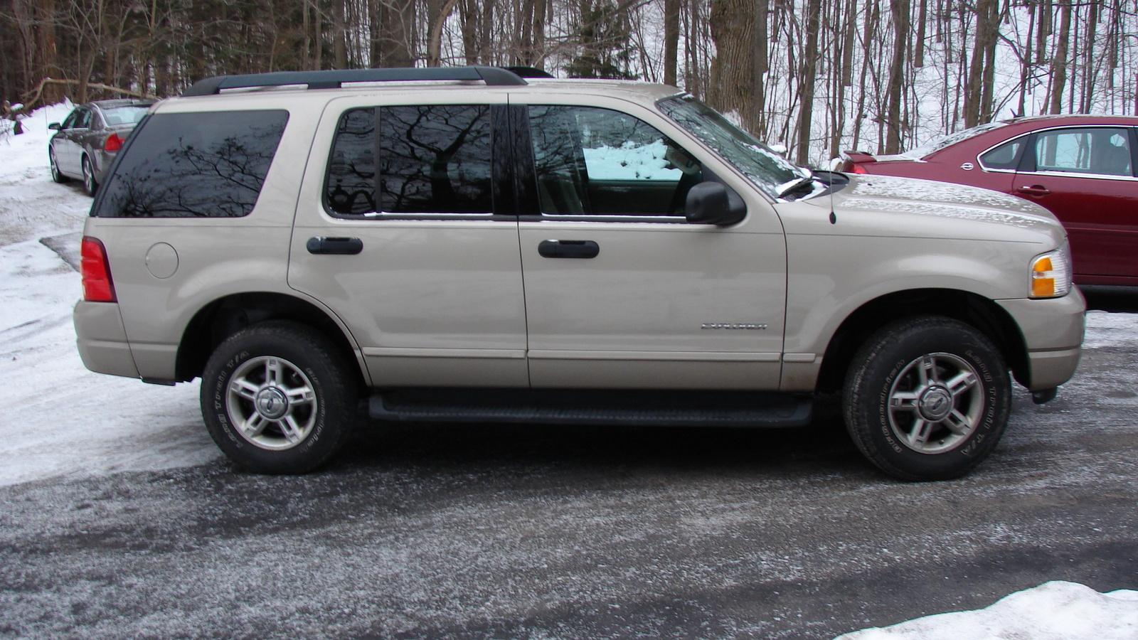 2005 Ford Explorer Pictures Cargurus