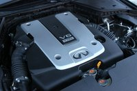 Engine of the 2014 Infiniti Q50, performance, engine