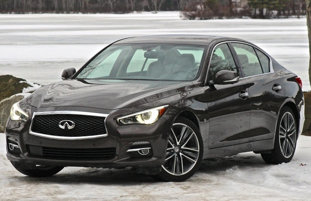 Front 3/4 of the 2014 Infiniti Q50