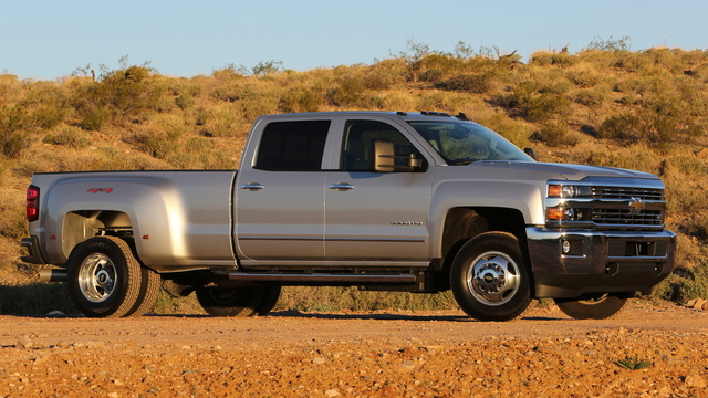 2015 Chevrolet Silverado 3500HD, Front-quarter view. Copyright General Motors, exterior, manufacturer