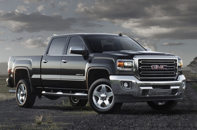2015 GMC Sierra 2500HD, Front-quarter view. Copyright General Motors, exterior, manufacturer