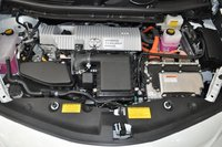 Picture of 2012 Toyota Prius v Two, engine
