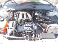 Picture of 2005 Ford Taurus SE, engine