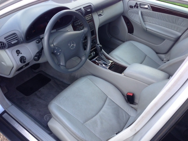 Picture Of 2002 Mercedes Benz C Class C 320 Wagon, Interior, Gallery_worthy