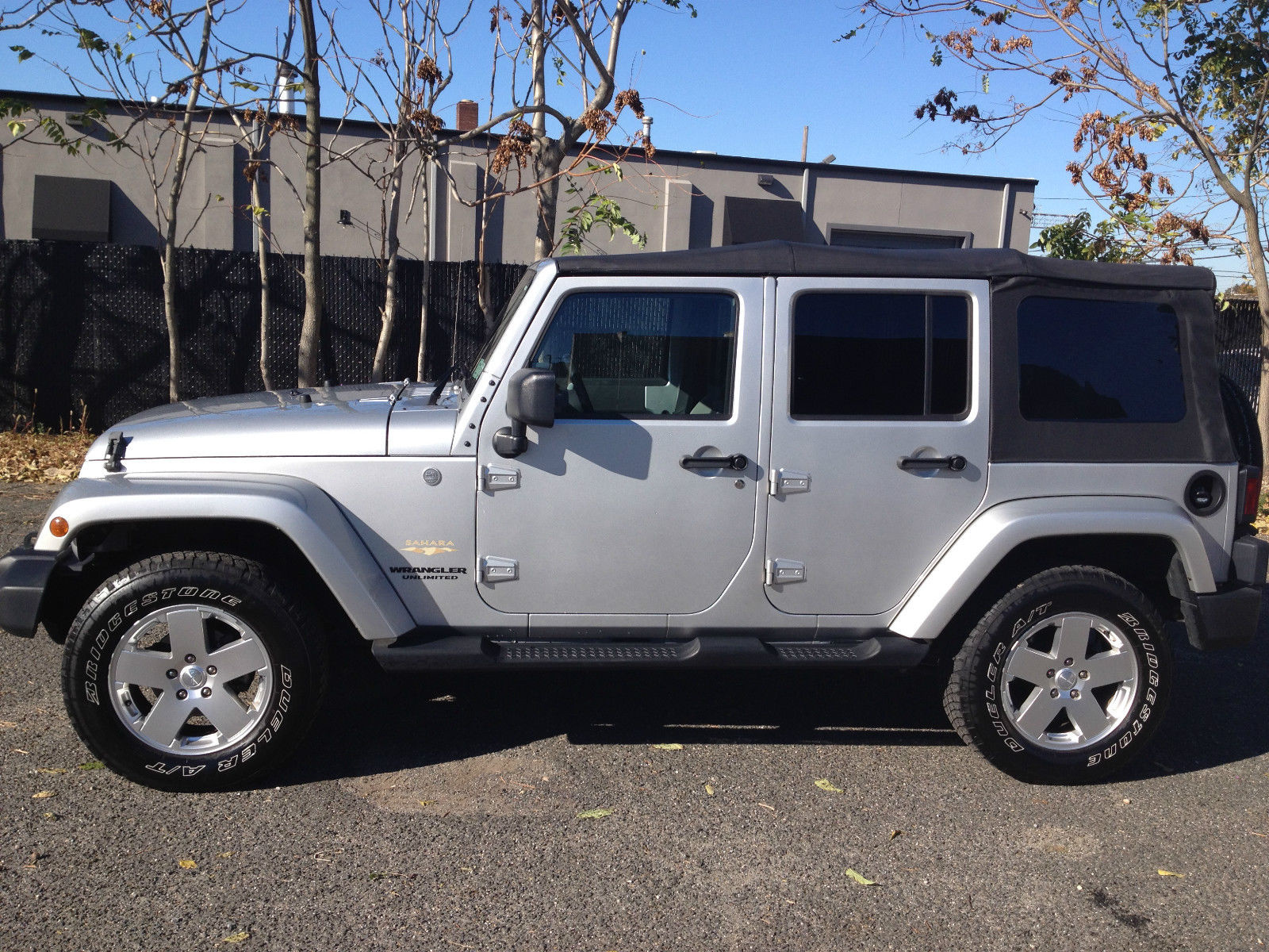 picture of 2010 jeep wrangler unlimited sahara 4wd exterior. Cars Review. Best American Auto & Cars Review
