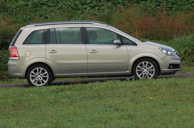 Picture of 2005 Opel Zafira