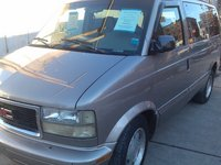 2003 GMC Safari Overview