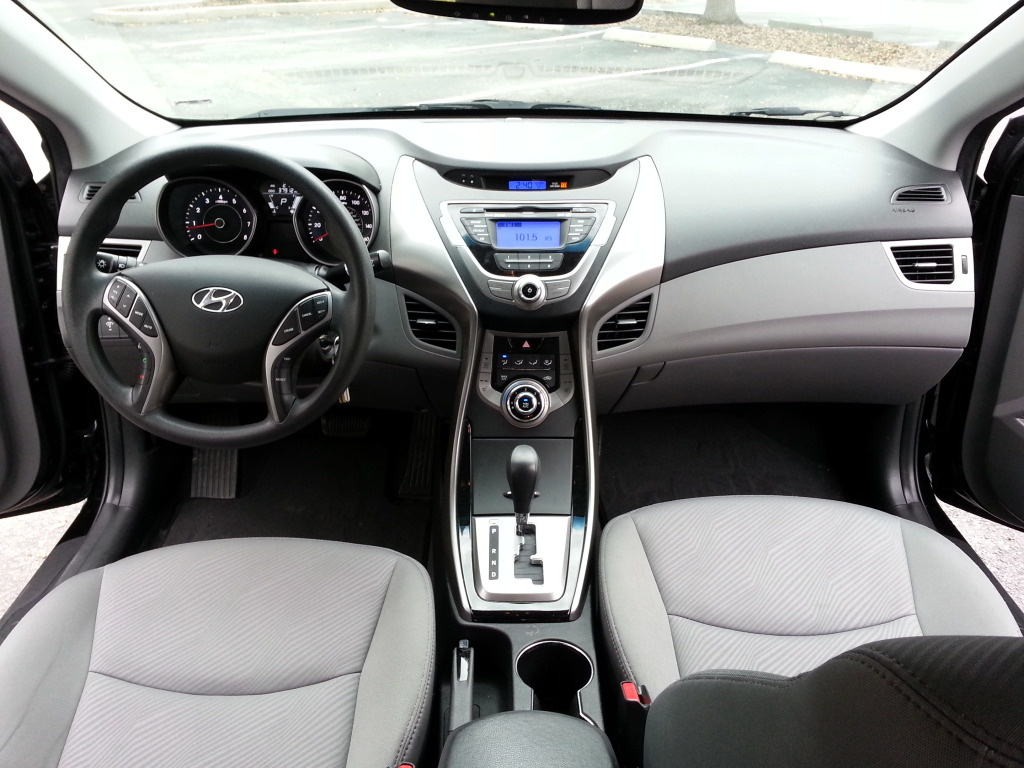 2013 Hyundai Elantra Pictures Cargurus