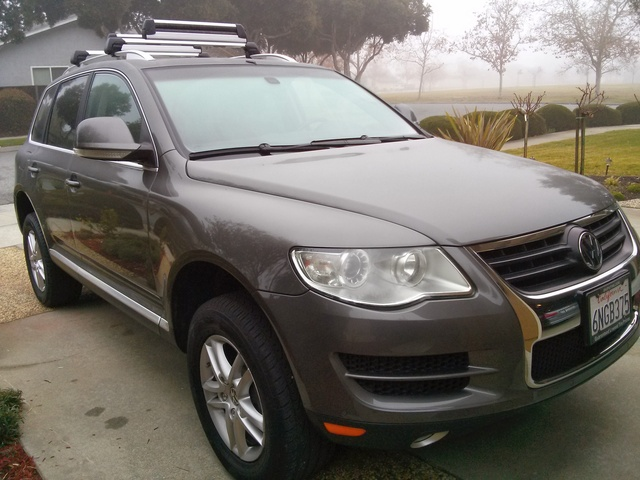 Picture of 2010 Volkswagen Touareg 2