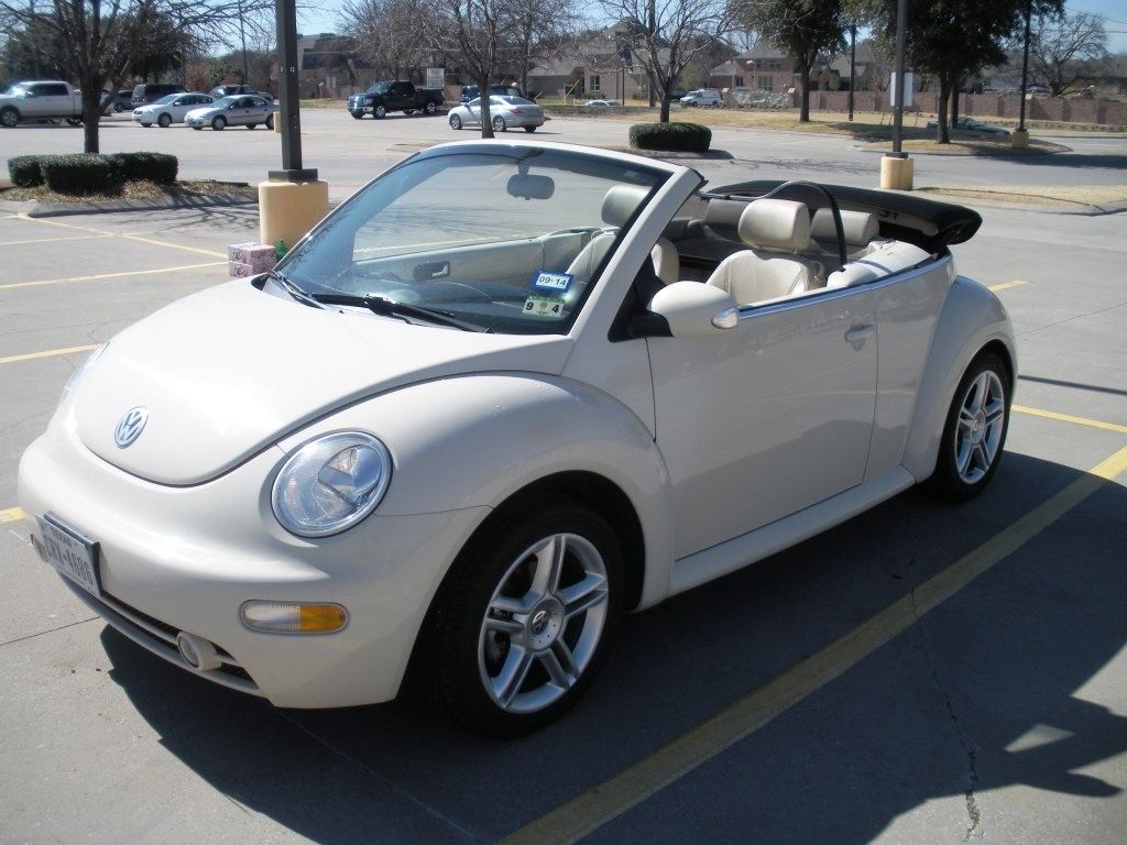 2004 volkswagen beetle pictures cargurus. Black Bedroom Furniture Sets. Home Design Ideas