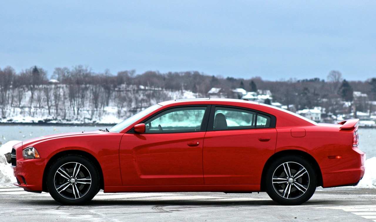 Side of the 2014 Dodge Charger