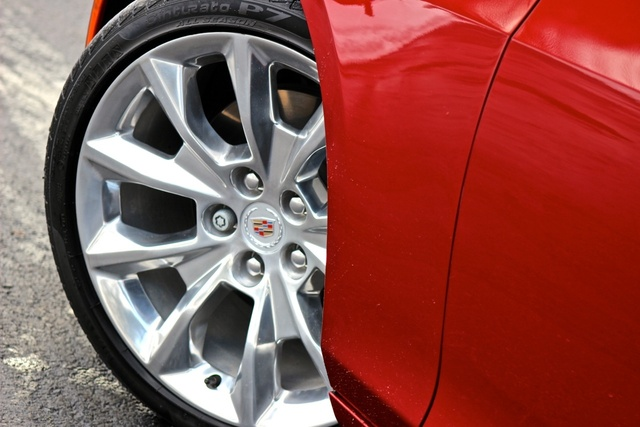 Wheel detail of the 2014 Cadillac CTS, exterior, gallery_worthy