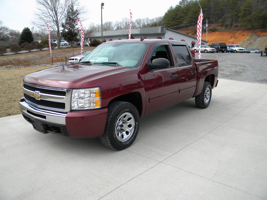 2008 chevrolet chevy silverado 1500 lt2 4wd 4dr extended autos post. Black Bedroom Furniture Sets. Home Design Ideas