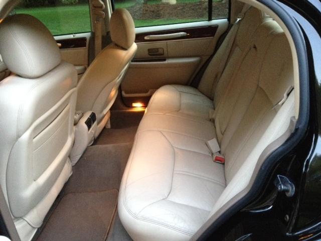 2015 lincoln town car autos post. Black Bedroom Furniture Sets. Home Design Ideas