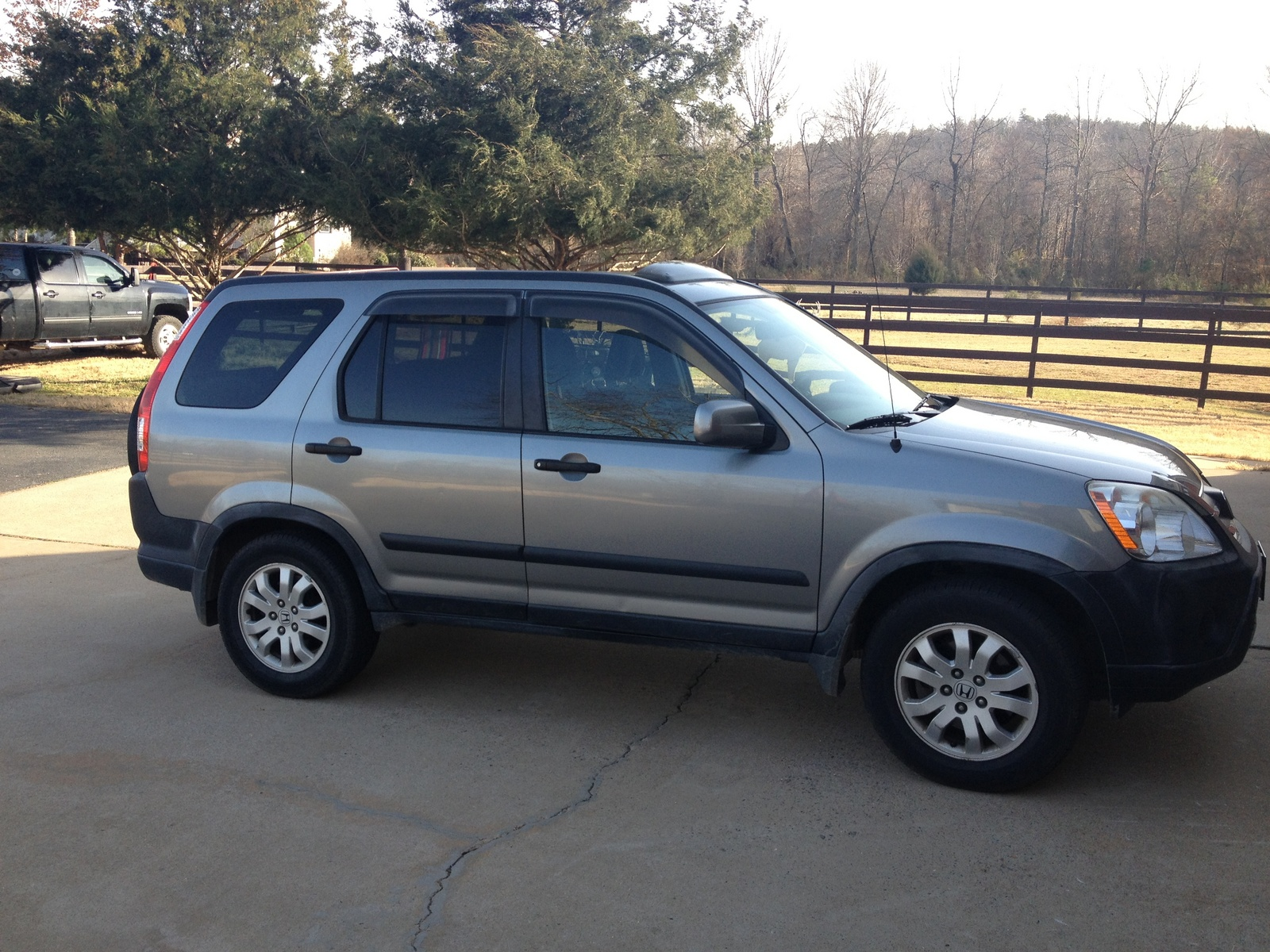 Picture of 2006 honda cr v lx awd exterior