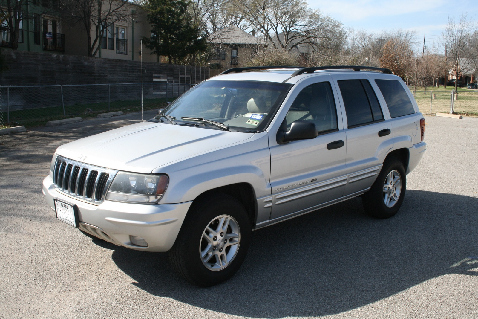 picture of 2002 jeep grand cherokee limited exterior. Cars Review. Best American Auto & Cars Review