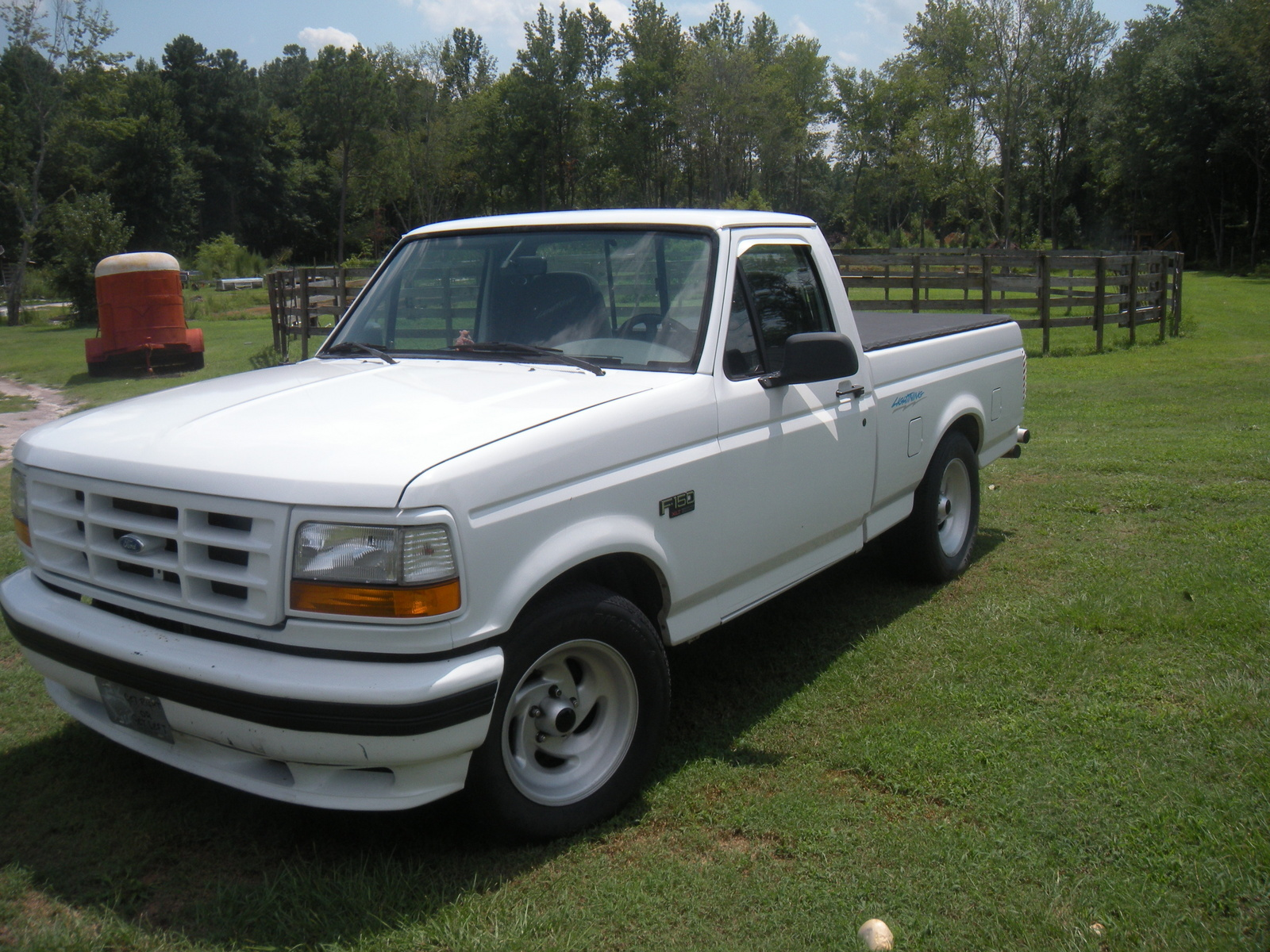 ford f150 lightning 1993 autos weblog. Black Bedroom Furniture Sets. Home Design Ideas