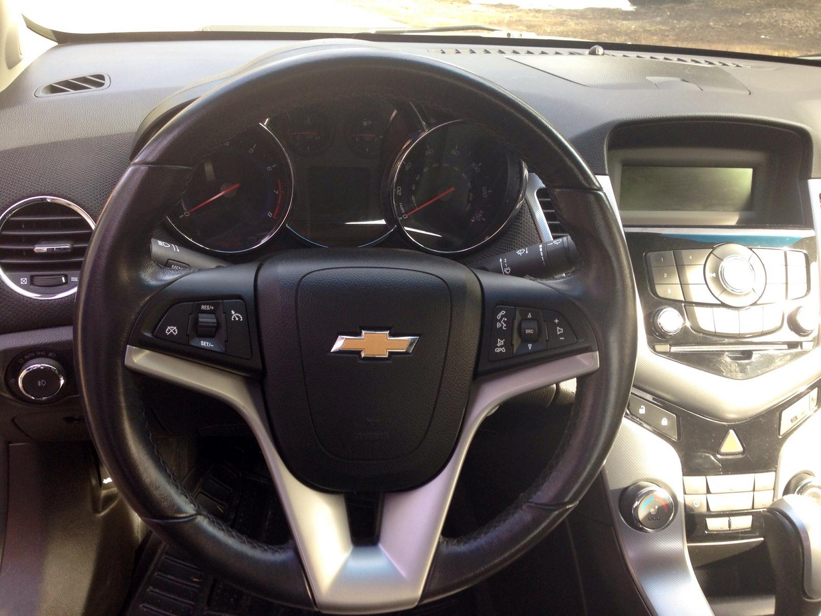 2011 Chevrolet Cruze Pictures Cargurus