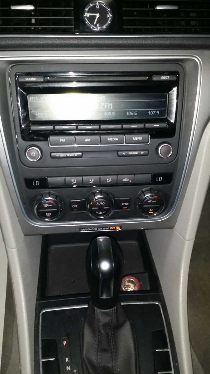 Picture of 2012 Volkswagen Passat S PZEV, interior