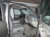 Picture of 2000 Chevrolet Suburban LS 1500, interior