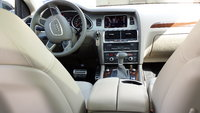 Picture of 2013 Audi Q7 3.0T Quattro Premium, interior