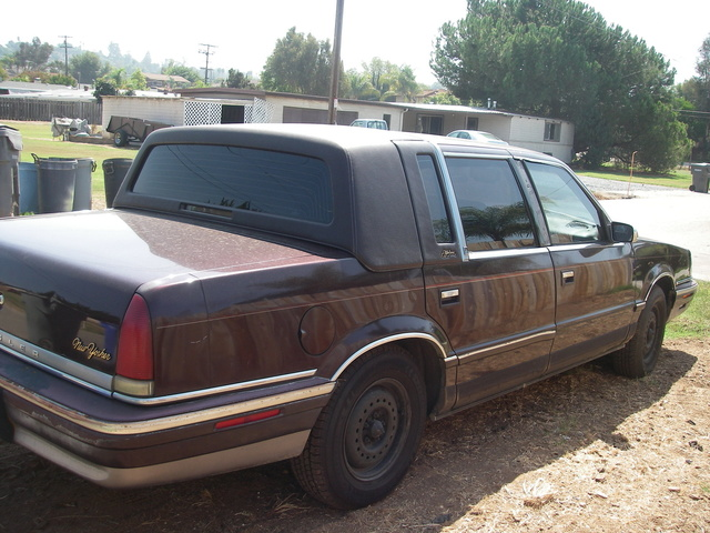 Picture of 1996 Chrysler New Yorker Base