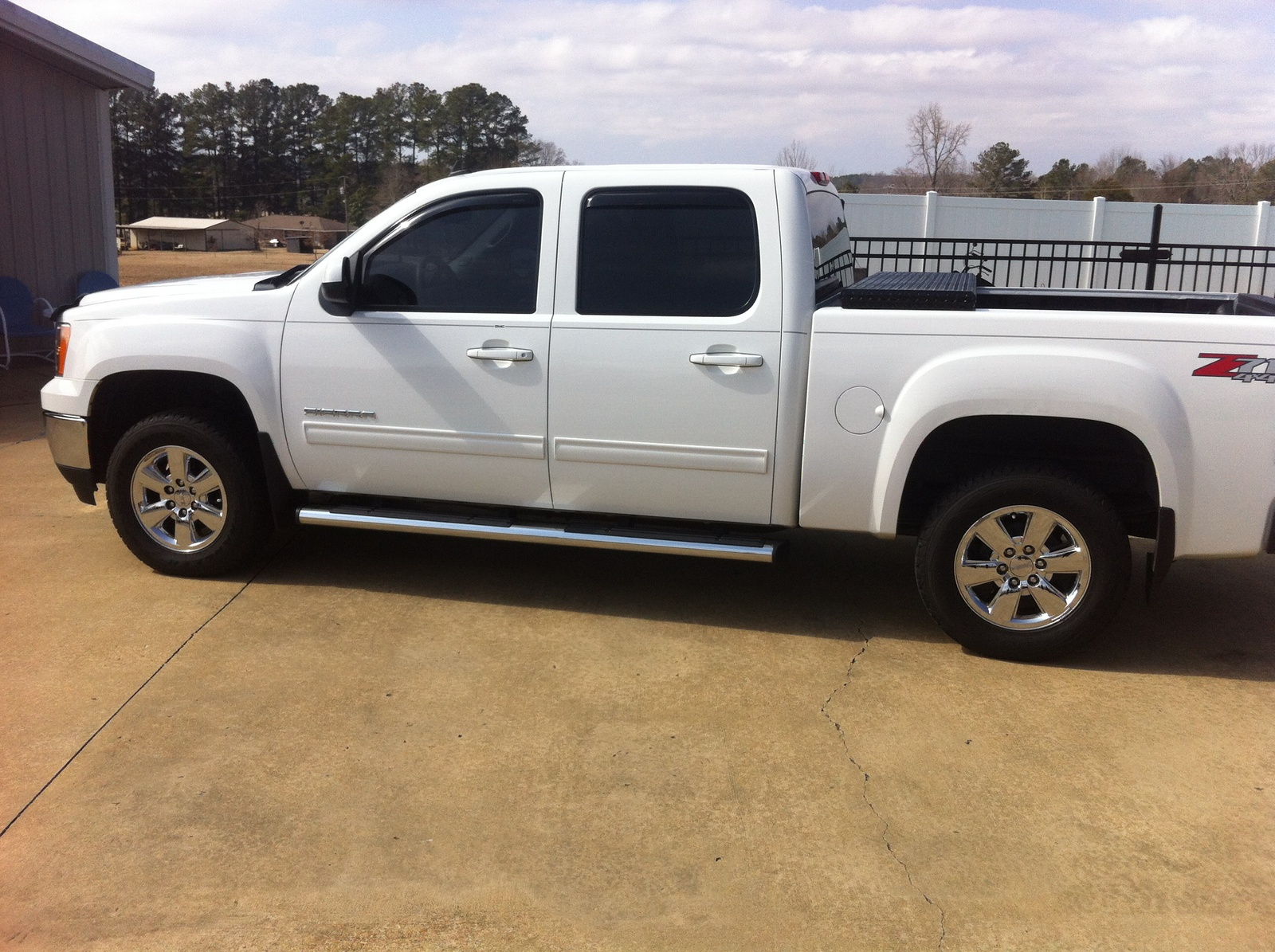 2010 gmc sierra 1500 crew cab 4wd new car pictures prices and html autos weblog. Black Bedroom Furniture Sets. Home Design Ideas