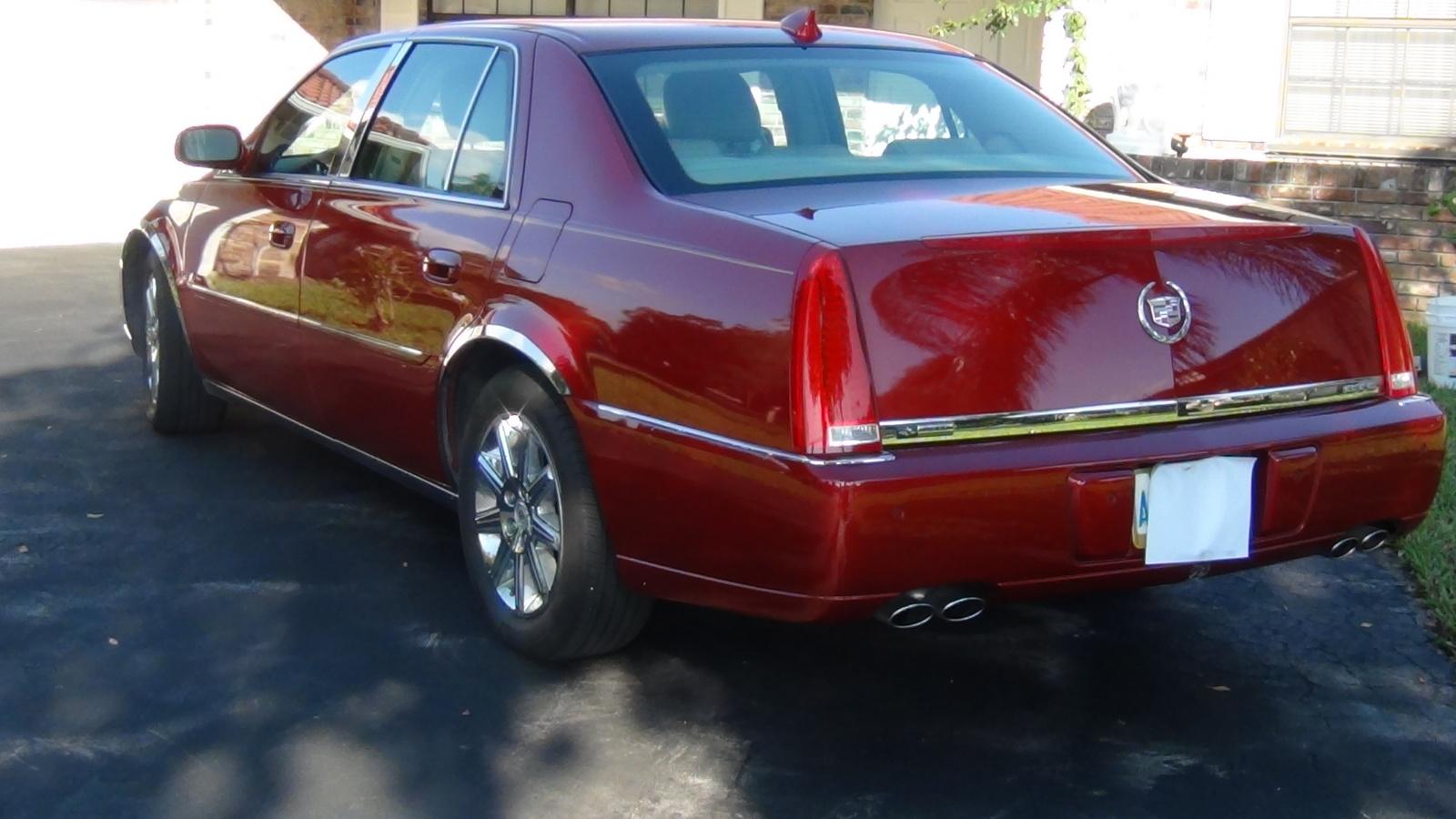 2011 Cadillac DTS - Pictures - CarGurus