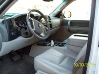 Picture of 2009 GMC Sierra 1500 Hybrid 4WD, interior, gallery_worthy