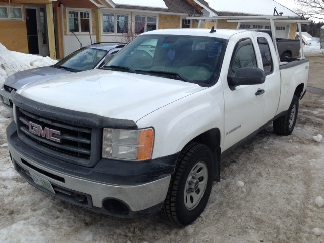 2013 chevrolet silverado 1500 4wd z71 package what plow can you autos post. Black Bedroom Furniture Sets. Home Design Ideas