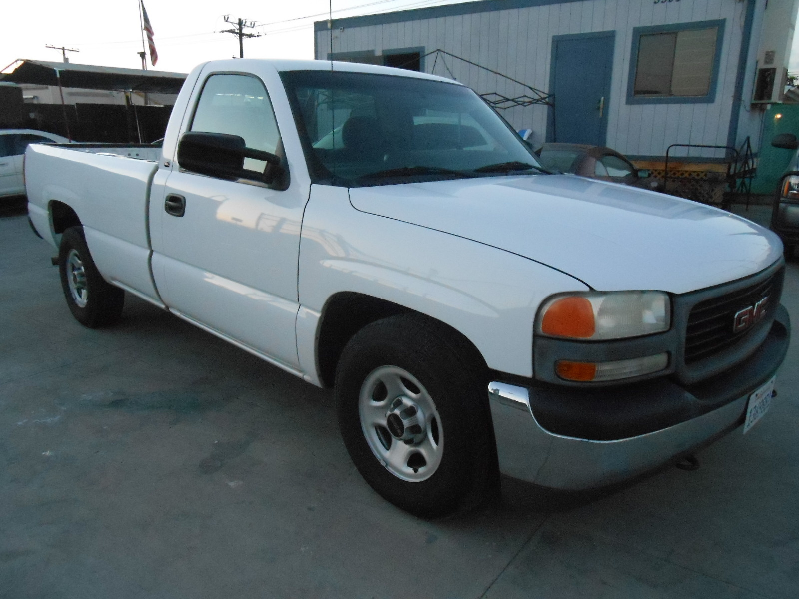 GMC Canyon in addition 2004 Gmc Sierra 1500 Pictures C1923 pi36378043 besides 2014 Gmc Acadia Gets One New Feature Rpo Central additionally 2015 Yukon Denali Summit White together with Interior 20Color 60992002. on 2009 gmc sierra 1500 sle