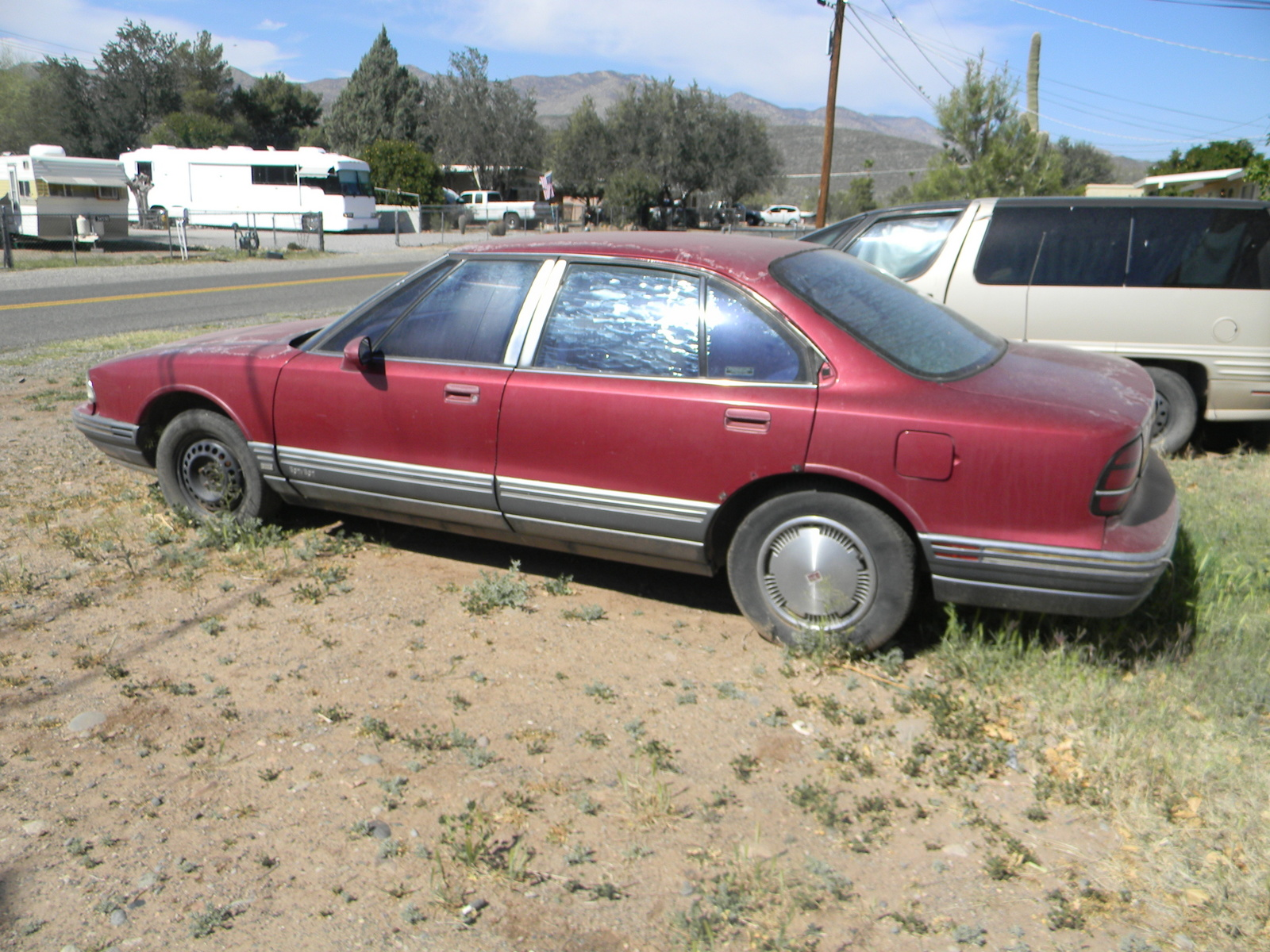Picture of 1995 Oldsmobile Eighty-Eight Royale 4 Dr STD Sedan