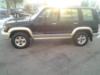 Picture of 2002 Isuzu Trooper 4 Dr LS 4WD SUV, exterior