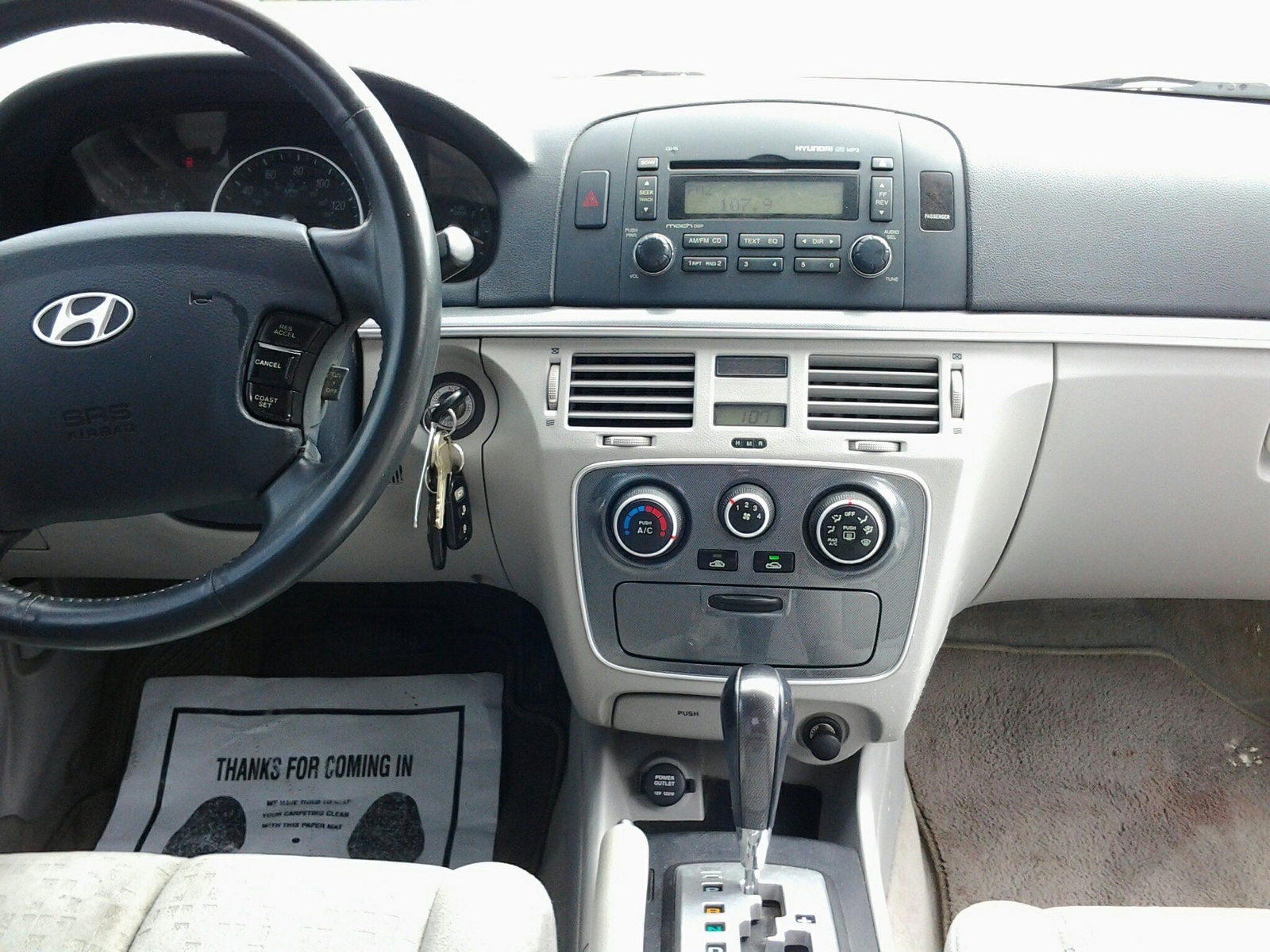 Picture Of 2006 Hyundai Sonata Gls Interior
