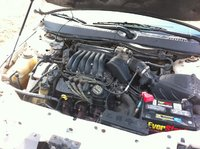 Picture of 2001 Ford Taurus LX, engine