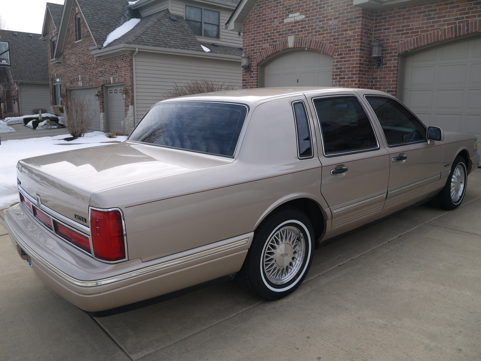 1997 Lincoln Town Car - Pictures