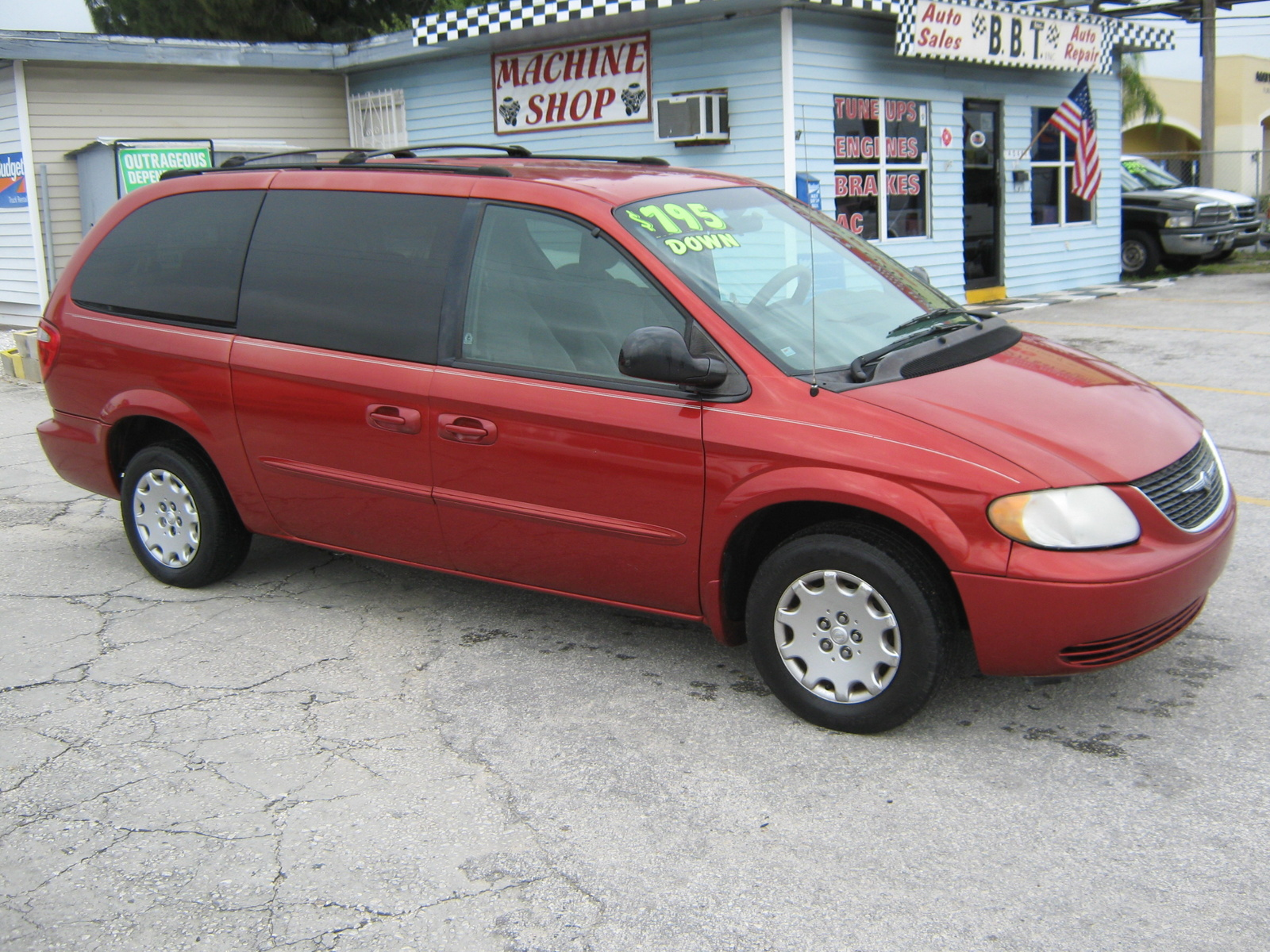 picture of 2003 chrysler town country lx exterior. Cars Review. Best American Auto & Cars Review