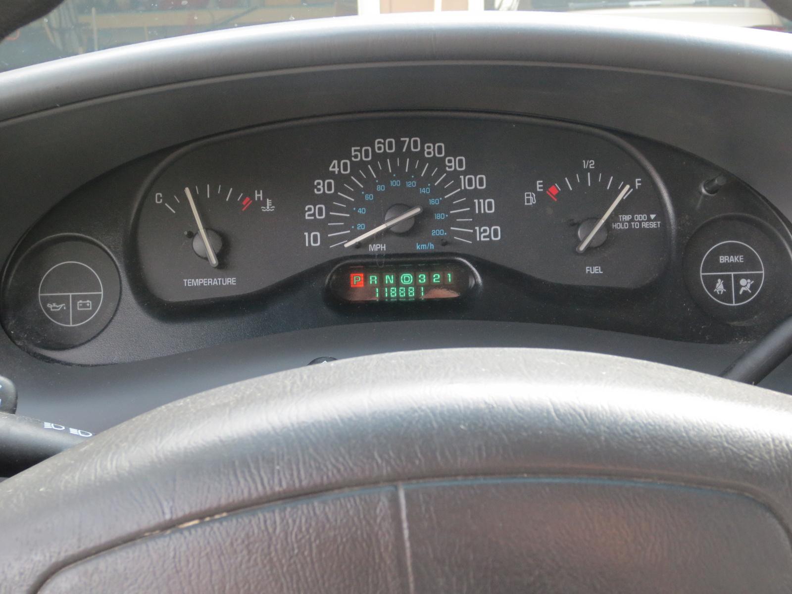 2004 Buick Century - Interior Pictures