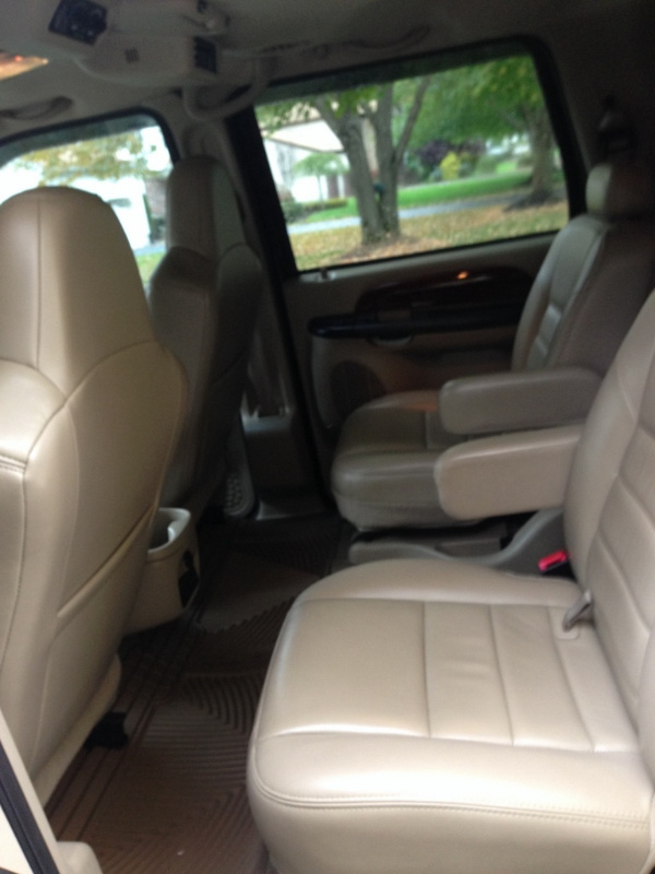 2005 Ford Excursion Pictures Cargurus
