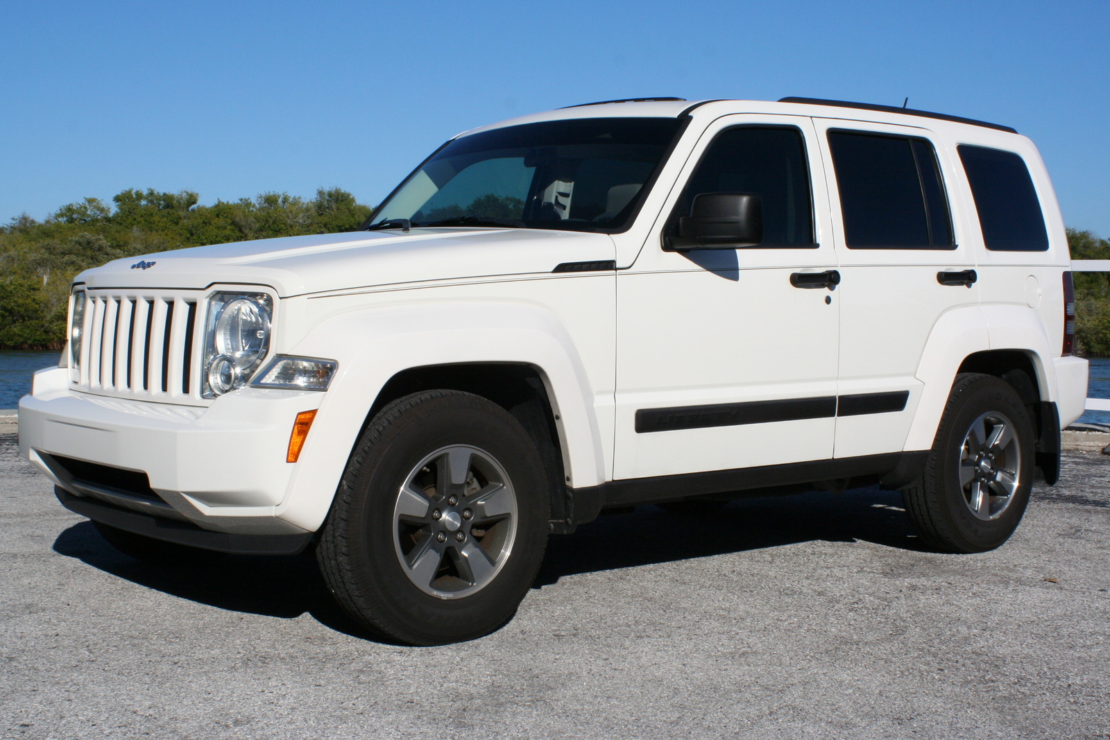 2008 jeep liberty pictures cargurus. Black Bedroom Furniture Sets. Home Design Ideas