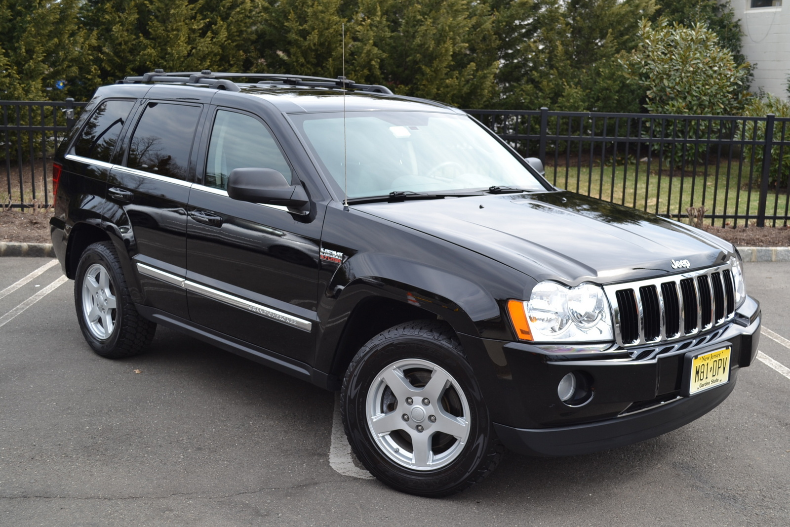 2006 jeep grand cherokee - pictures