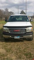 2002 GMC Sierra 2500HD Overview