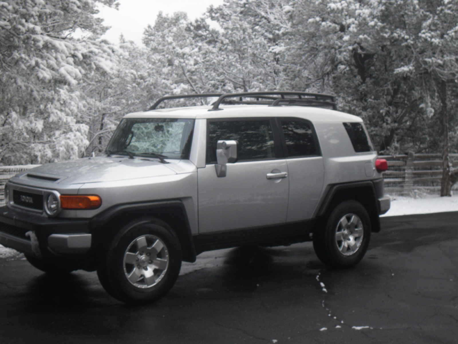 used toyota fj cruiser for sale cargurus autos post. Black Bedroom Furniture Sets. Home Design Ideas