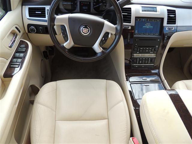 2007 Cadillac Escalade EXT - Interior Pictures - CarGurus