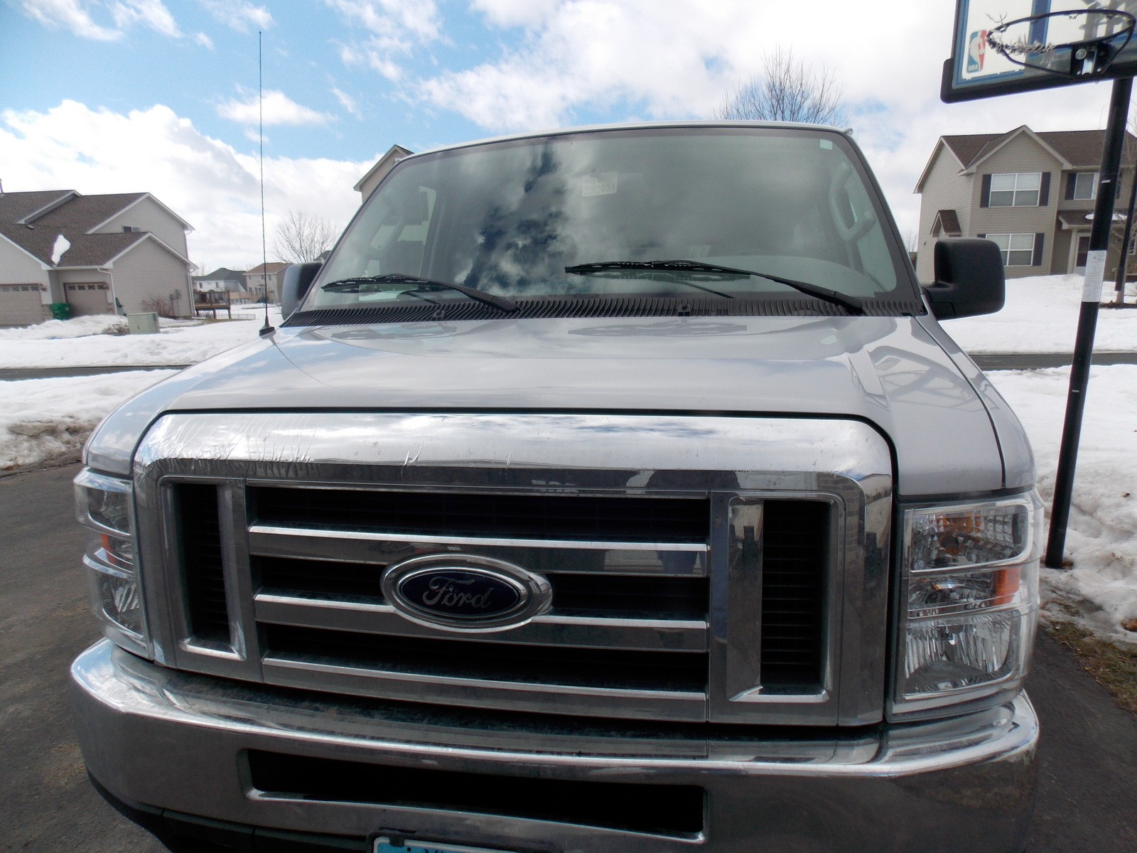 2008 Ford E-Series Passenger