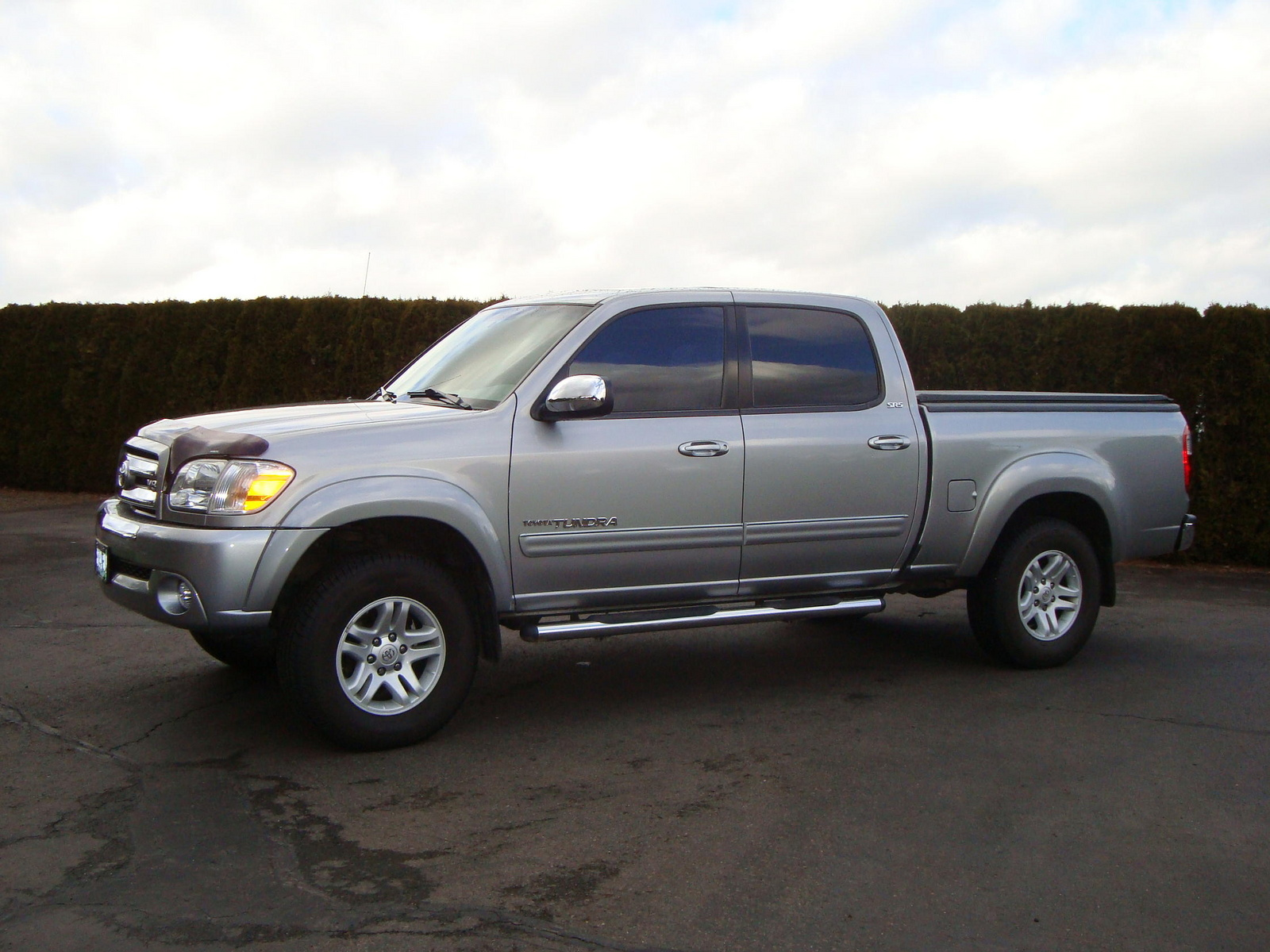 of 2005 toyota tundra 4 dr limited v8 4wd crew cab sb exterior. Black Bedroom Furniture Sets. Home Design Ideas