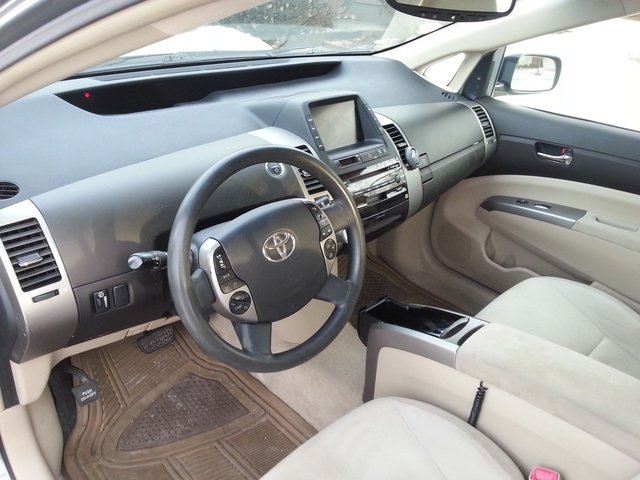 Picture of 2005 Toyota Prius FWD, interior, gallery_worthy