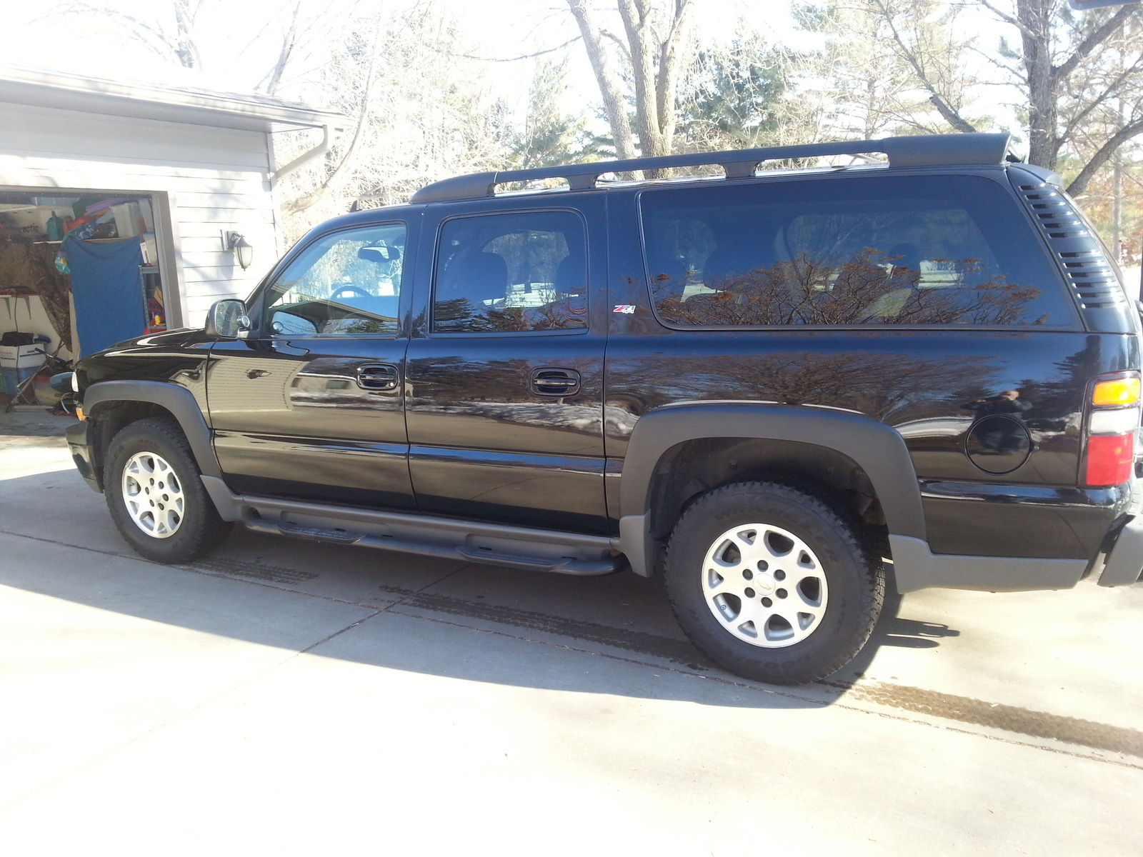 2006 chevrolet suburban ls 1500 4wd picture of 2006 chevrolet suburban ls 1500 4dr suv 4wd. Black Bedroom Furniture Sets. Home Design Ideas